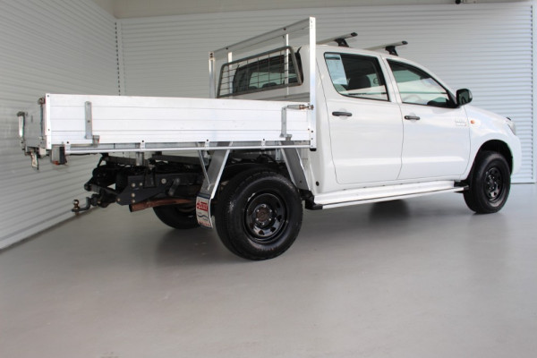 2013 MY12 Toyota HiLux KUN26R MY12 WORKMATE Cab chassis Image 2