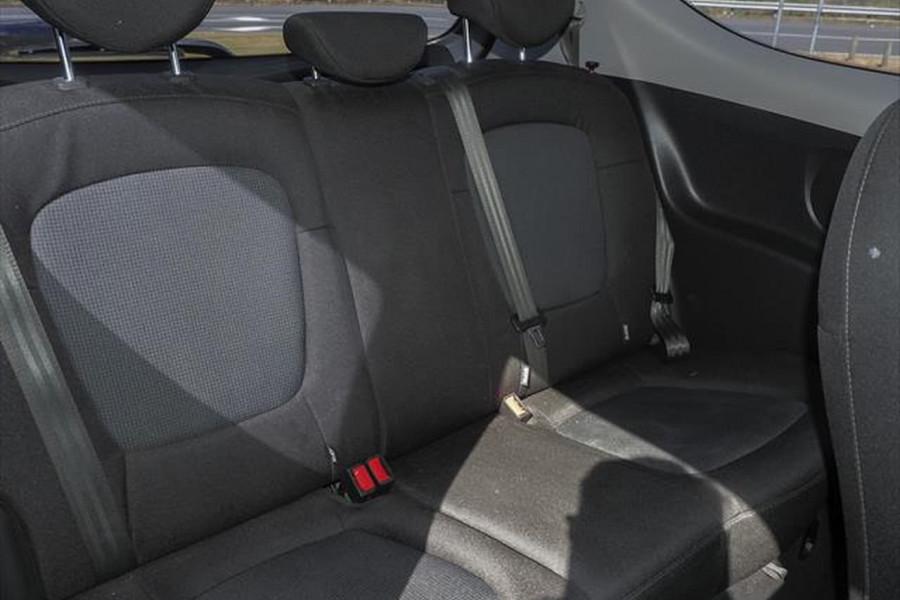 2014 Hyundai I20 PB MY15 Active Hatchback Image 10
