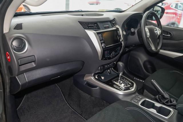 2019 Nissan Navara D23 Series 4 ST-X 4x2 Dual Cab Pickup Utility Image 5