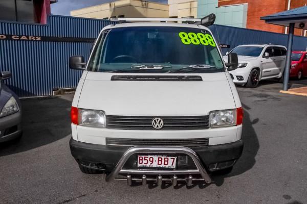 1995 Volkswagen Transporter T4 Van Image 4