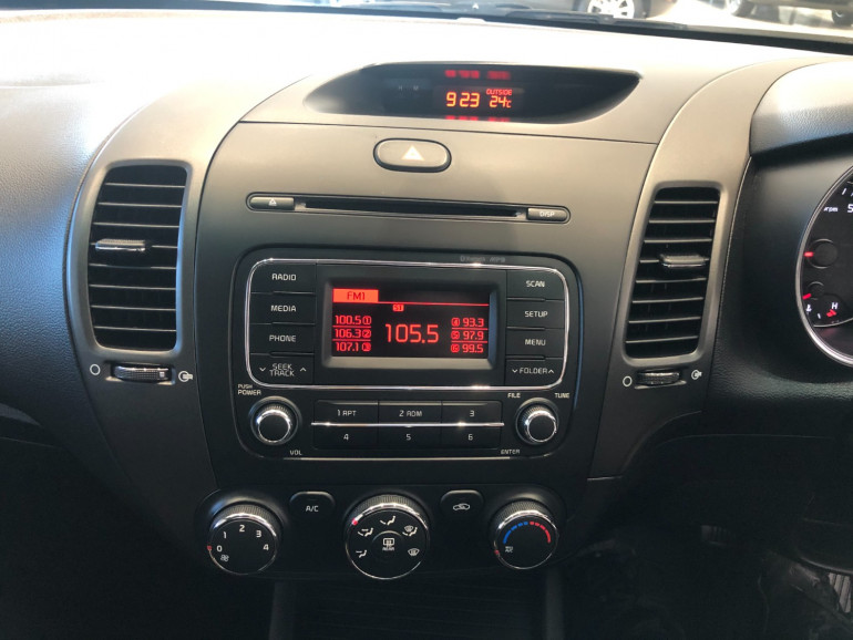 2015 Kia Cerato YD S Sedan Image 7