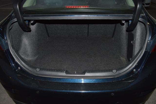 2015 Mazda 3 Neo 16 of 23
