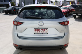 2019 Mazda CX-5 KF4WLA Akera Suv Image 5