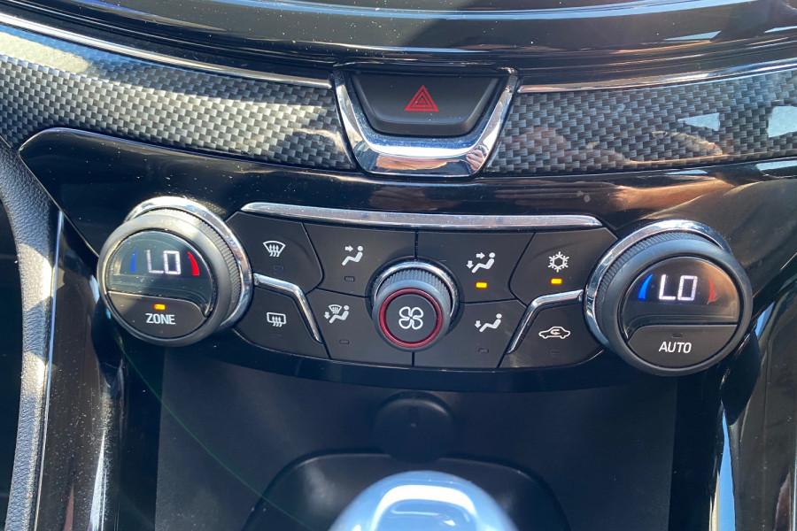 2016 Holden Commodore VF II  SV6 Black Utility Image 12