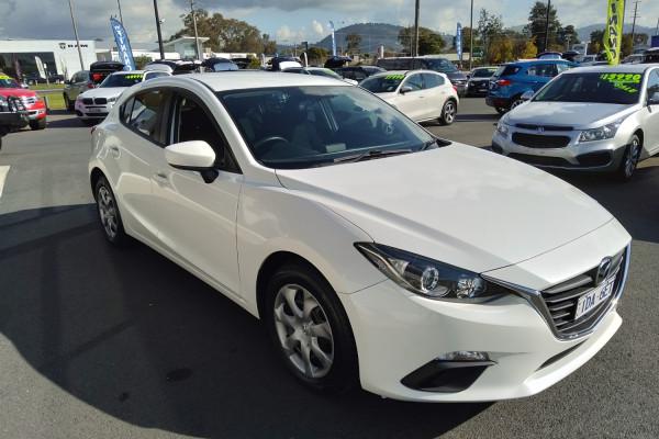 2014 Mazda 3 BM5476 NEO Hatchback Image 4