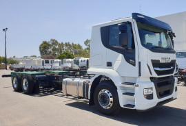 Iveco Stralis AT310