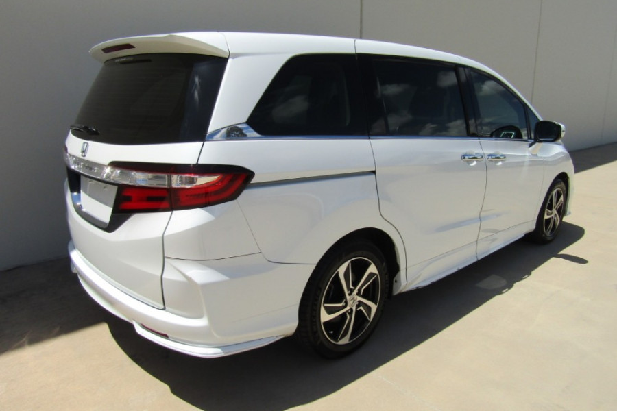 2015 MY16 Honda Odyssey 5th Gen VTi-L Wagon Image 4