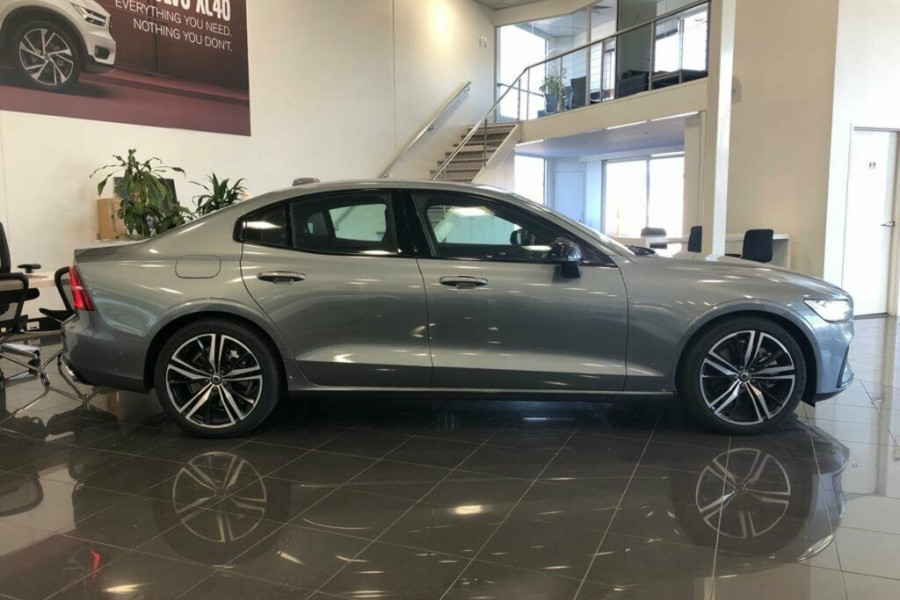 2019 MY20 Volvo S60 Z Series T5 R-Design Sedan Mobile Image 20