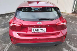 2019 MY19.75 Ford Focus SA  Ambiente Hatchback Mobile Image 4