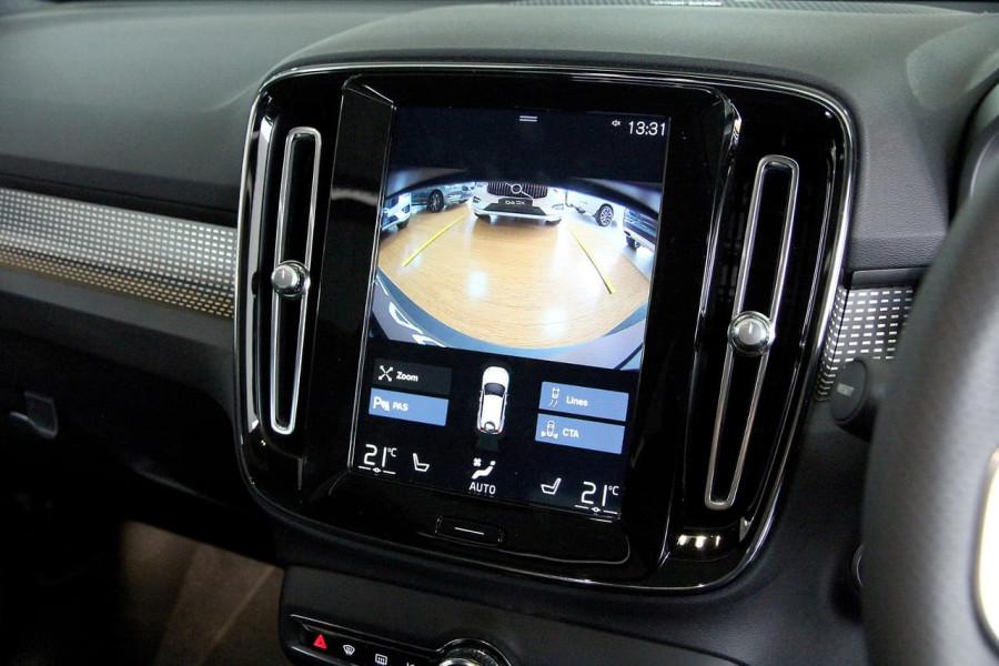 2019 Volvo Xc40 (No Series) MY19 T5 R-Design Suv Mobile Image 14