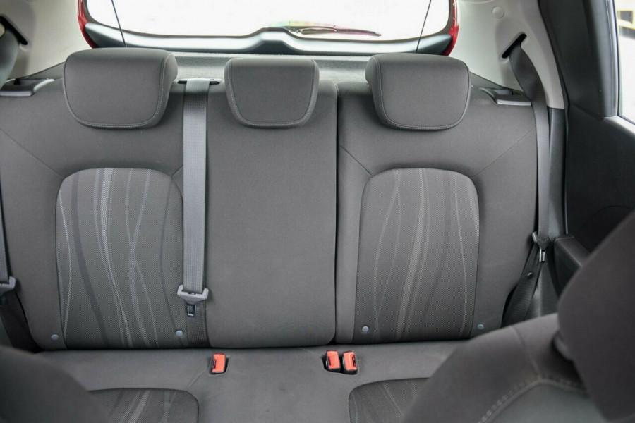 2014 Holden Barina TM MY14 CD Hatchback Image 13
