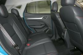 2020 MY21 MG ZST S13 Essence Wagon image 8