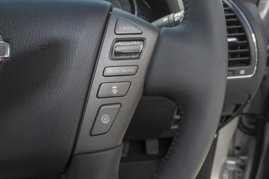 2021 Nissan Patrol Y62 Series 5 Ti-L Suv Image 11