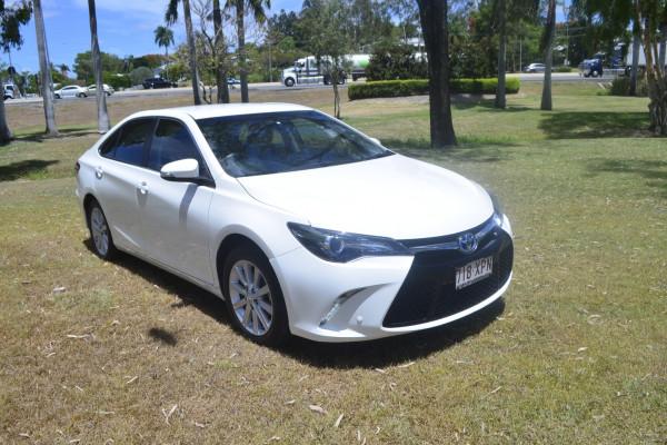 Toyota Camry S AV