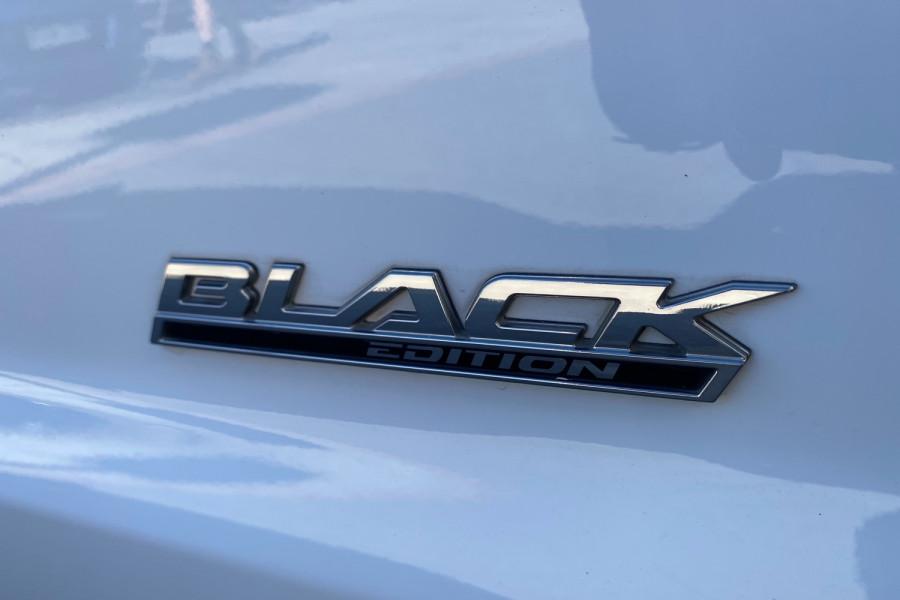 2016 Holden Commodore VF II  SV6 Black Utility Image 21