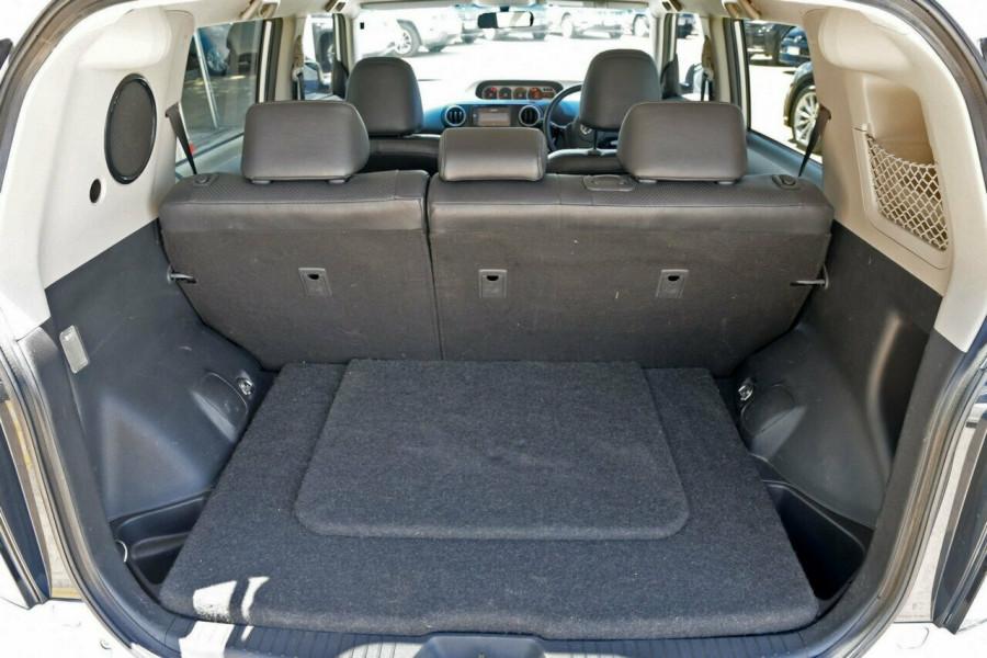 2012 Toyota Rukus AZE151R Build 2 Hatch Wagon Image 5