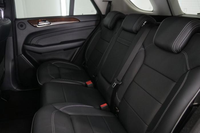 2013 Mercedes-Benz M-class W166 ML350 BlueTEC Wagon Image 17