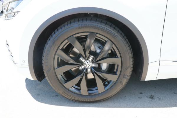 2020 Volkswagen Touareg CR 190TDI Premium Suv Image 5