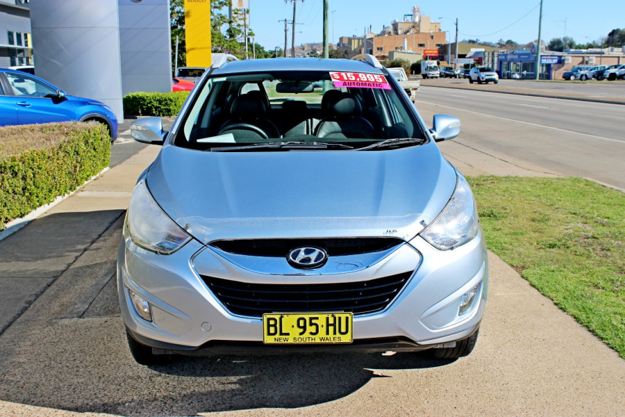 2011 MY12 [SOLD]    Image 3