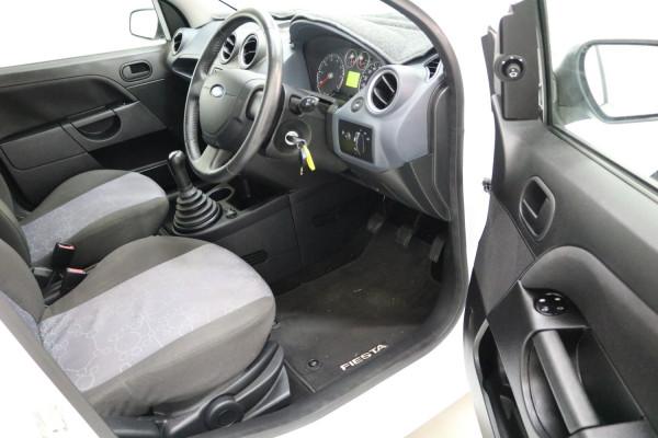2008 Ford Fiesta WQ LX Hatchback Image 4