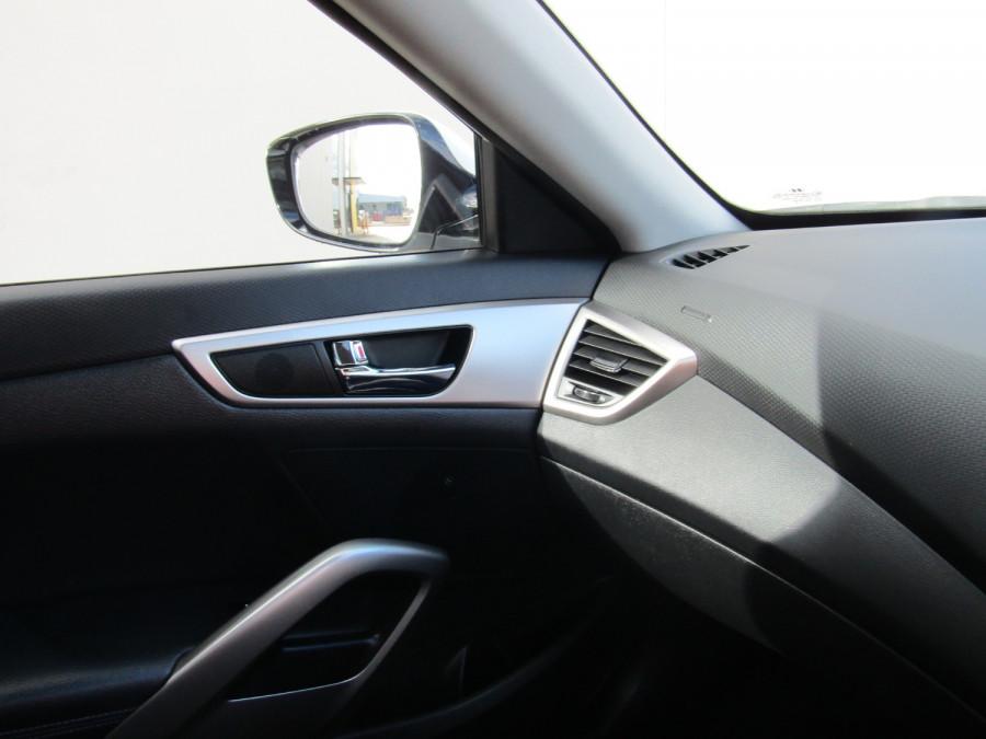 2013 Hyundai Veloster FS2 FS2 Hatchback Image 17