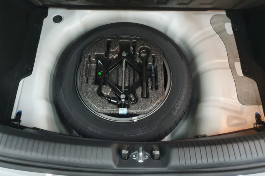 2019 MY20 Hyundai i30 PD2 Active Hatchback Image 22