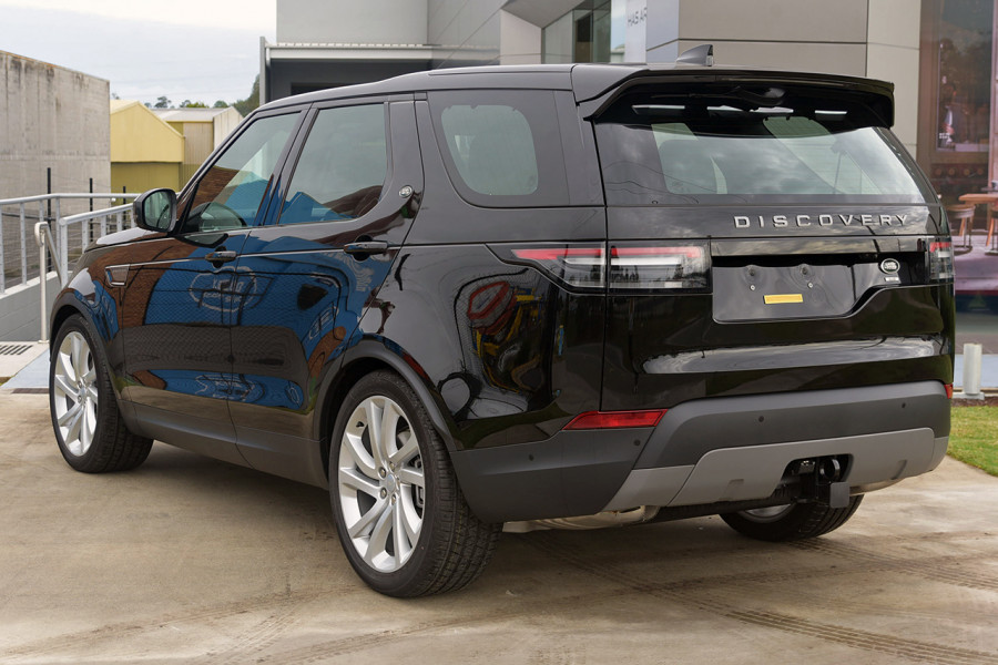 2019 Land Rover Discovery Series 5 SE Suv Mobile Image 4