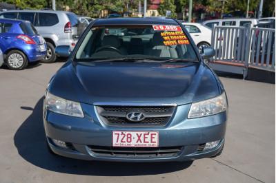 2005 Hyundai Sonata NF Elite Sedan Image 2