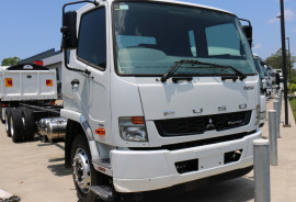 Fuso FIGHTER CAB CHASSIS FREE SERVICING + INSTANT ASSET WRITE OFF XXLWB 2427