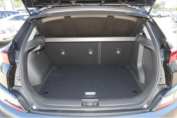 2021 Hyundai KONA OS.V4 Elite Suv Image 4