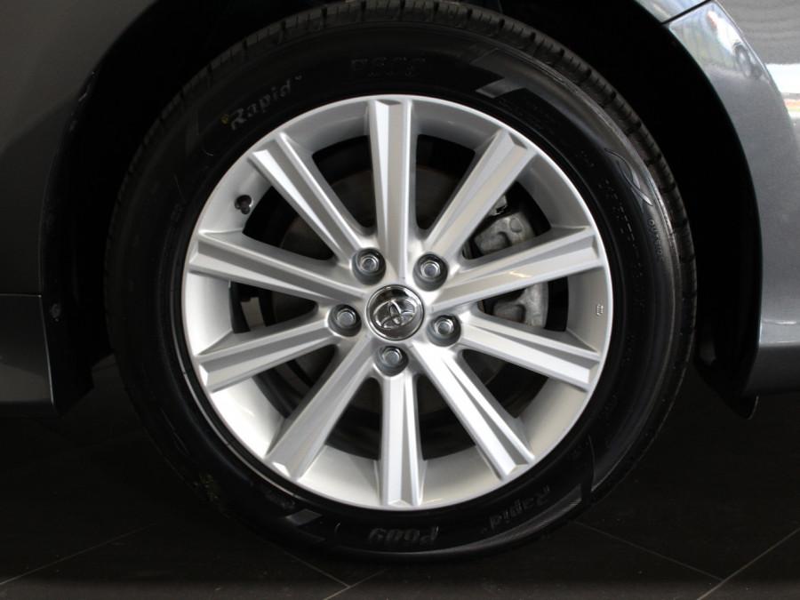 2016 Toyota Aurion GSV50R AT-X Sedan