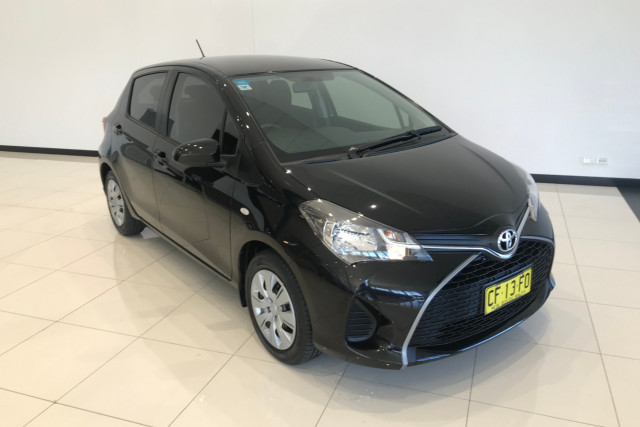 2015 Toyota Yaris NCP130R Ascent Hatch Image 2