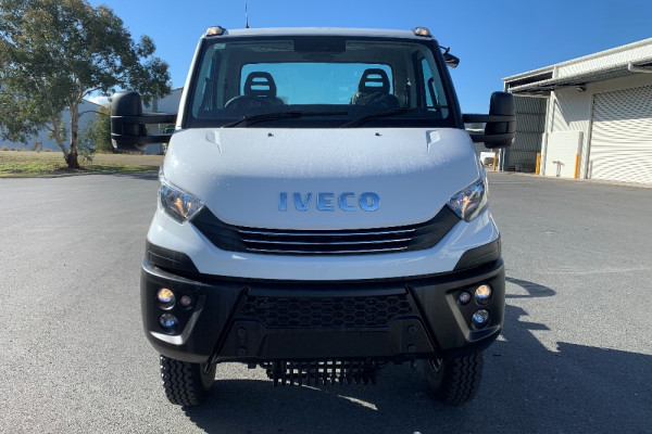 2020 Iveco Daily 55S17W Cab chassis Image 3