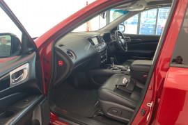 2016 Nissan Pathfinder R52 MY16 ST-L Suv Image 4