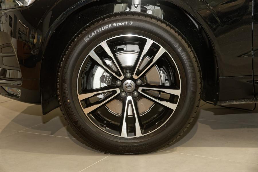 2021 Volvo XC60 T5 Momentum