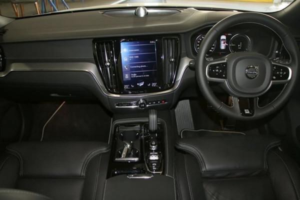 2019 Volvo V60 (No Series) MY20 T8 R-Design Wagon Image 5