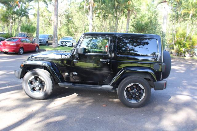 2015 Jeep Wrangler JK  Overland Suv Image 5