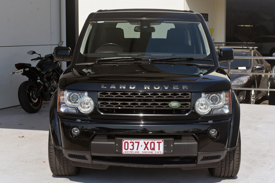 2010 Land Rover Discovery 4 Vehicle Description.  4 10MY TdV6 WAG CMND 6sp 2.7DT TdV6 Wagon