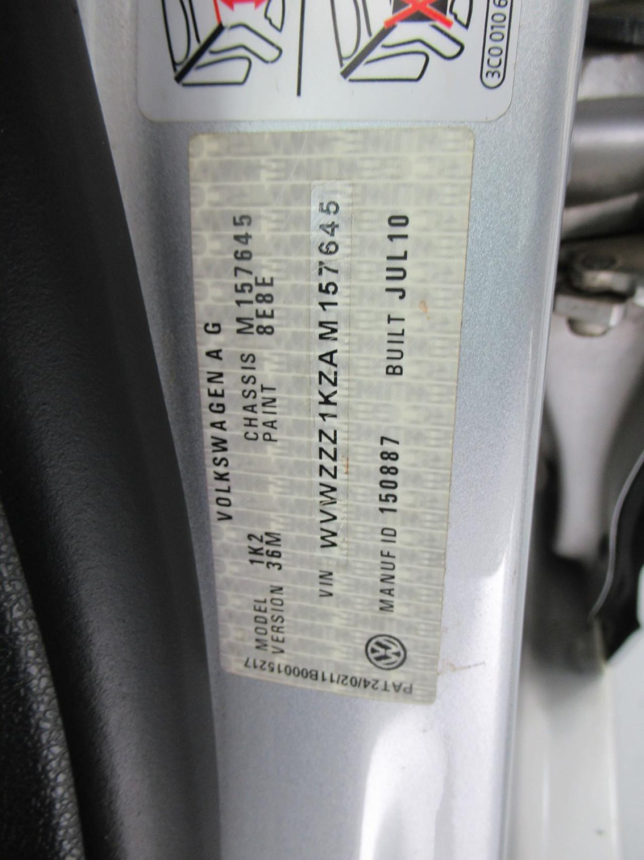 2010 Volkswagen Jetta 1KM MY10 103TDI Sedan Image 18