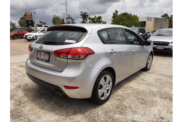 2014 Kia Cerato YD Si Hatchback Image 5