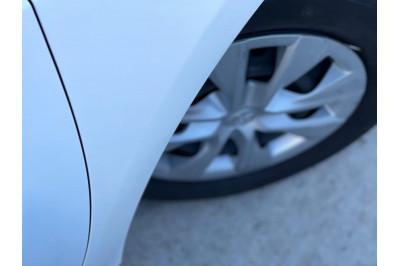 2015 Toyota Corolla ZRE172R Ascent Sedan Image 5