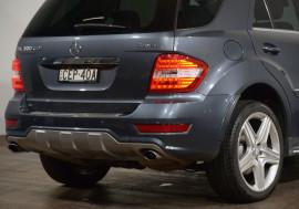 2011 Mercedes-Benz Ml Mercedes-Benz Ml 300cdi Sports Luxury (4x4) Auto 300cdi Sports Luxury (4x4) Wagon