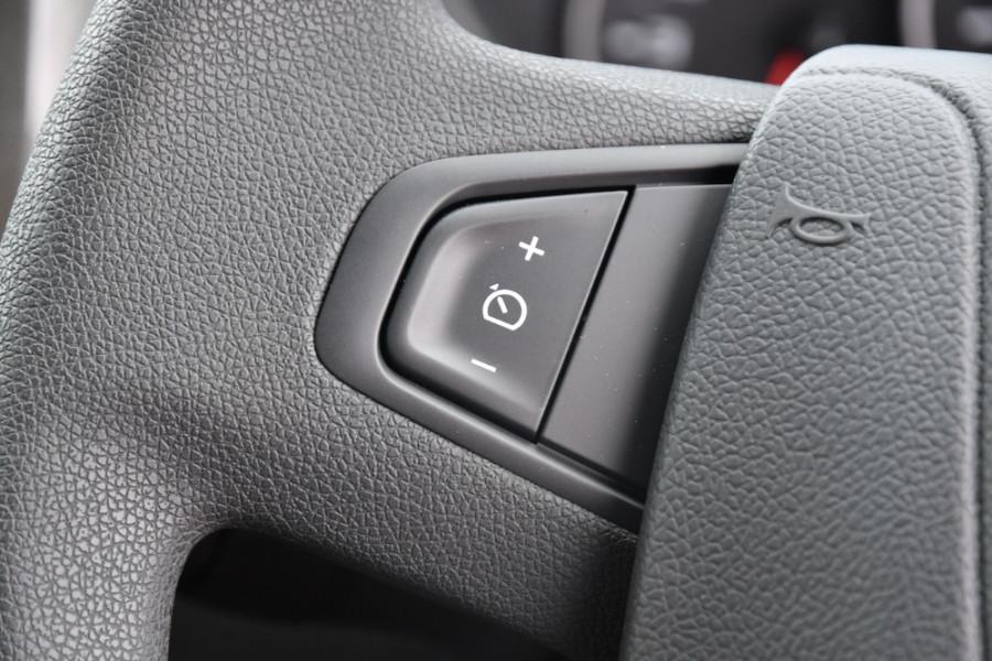 2019 Renault Master Cab Chassis X62 Dual Cab Dual cab Image 11