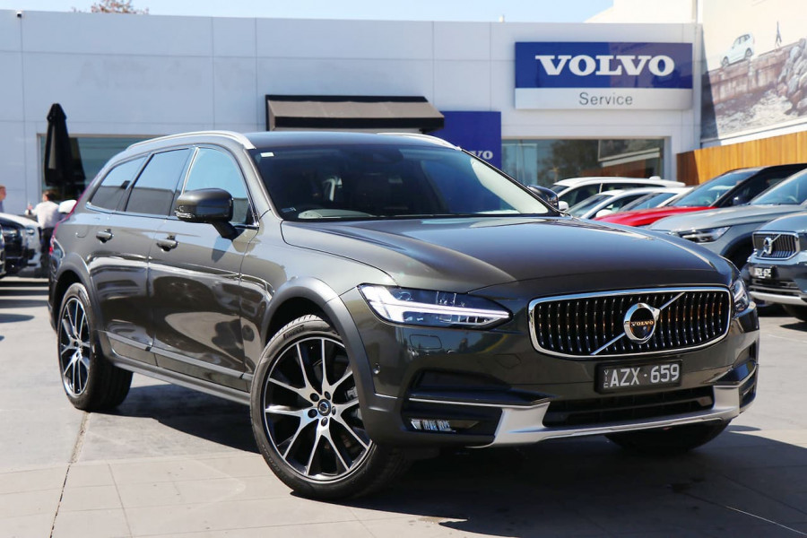 2019 Volvo V90 Cross Country D5 Wagon Image 1