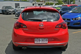 2012 Opel Astra AS Hatchback