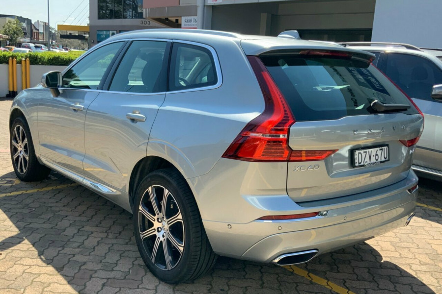 2018 Volvo XC60 UZ D4 Inscription (AWD) Suv Mobile Image 6