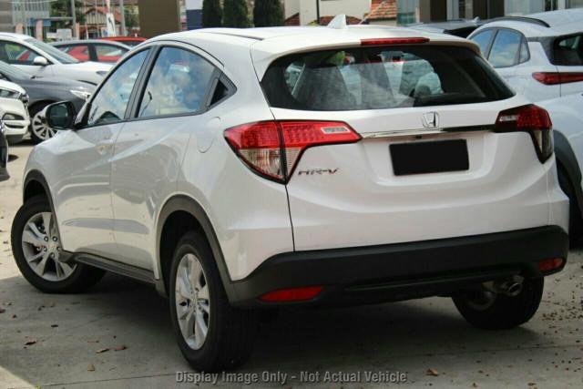 2020 Honda HR-V VTi Hatchback Image 3
