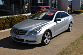 Mercedes-Benz Mb Eclass E350 BlueEFFICIENCY - Elegance C207  E350 BlueEFFICIENCY