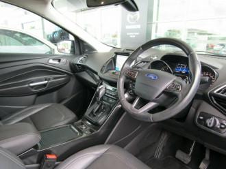 2016 Ford Escape ZG Titanium Suv image 18
