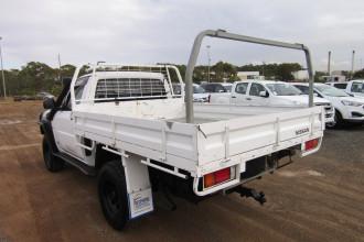 2011 MY10 Nissan Patrol GU 6 MY10 ST Cab chassis Image 5
